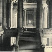 2. Дворец правосудия в Брюсселе. Большая лестница.