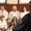 Присяжные признали подсудимого виновным в убийстве путем поджога